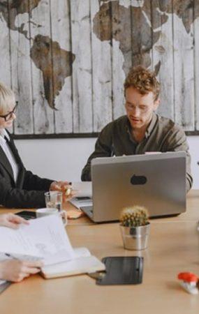 Quais são os principais stakeholders de uma empresa